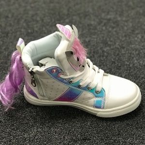 SHOEROOM21 boutique Shoes - 🎉NEW🎉girls Infant/ toddler unicorn 🦄 sneakers